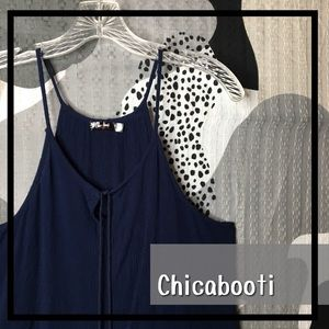 CHICABOOTI • Loose Fitting Tied Front Halter